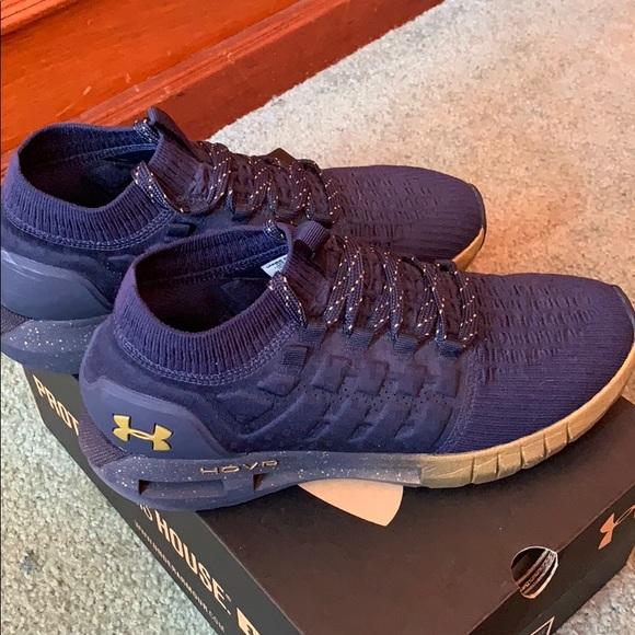 sports shoes 52d9c 314bb UA Hovr Phantom NC